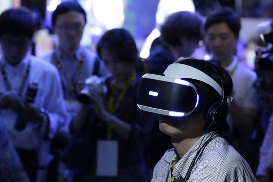 虚拟现实技术还未成主流 科技巨头押重注已获利