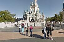 借助谷歌地图 你现在可以假装在迪士尼乐园游玩