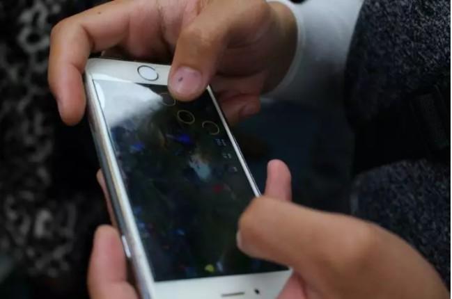 背靠华为,一年卖出5804万个!小小手机壳也被它做到上市?_行业观察_电商之家