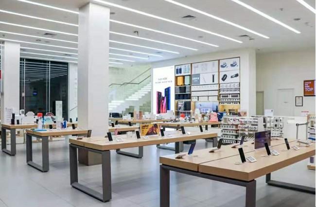 """一天开出20家门店、坪效高达27万,它让雷军也""""疯狂""""_零售_电商之家"""